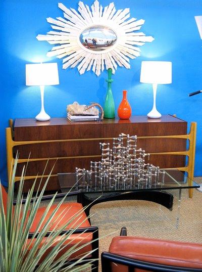 Kolla ljusstaken på bordet! Tänk när jag har så många delar att jag bygga en sån bamseljusstake!