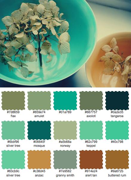 Medelhavsfärger passar så klart extra bra i ett badrum, eller varför inte på balkongen?