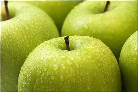 Förstärk ett grönt rum genom att tända ett äppeldoftande ljus! (Bara ett av alla tips jag fick in.)
