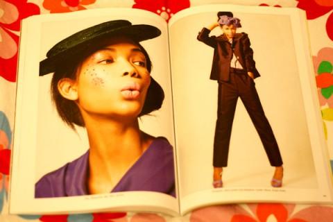 Modellen Chanel Iman är både på omslaget och i en modestory inne i tidningen.