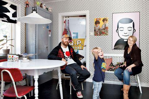 Egendesignad tapet i köket, bara en sån sak! Foto: David Bergström