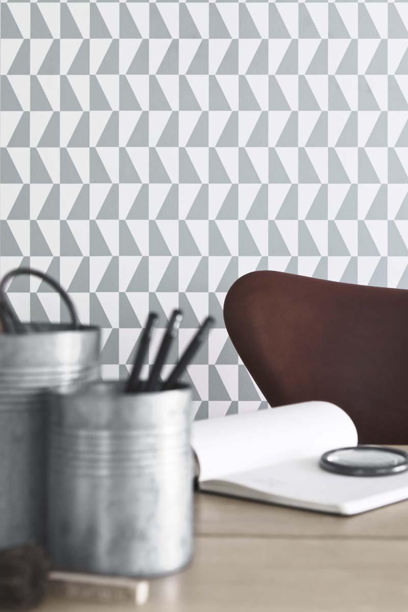 Trapez av Arne Jacobsen, finns i fem färgställningar.