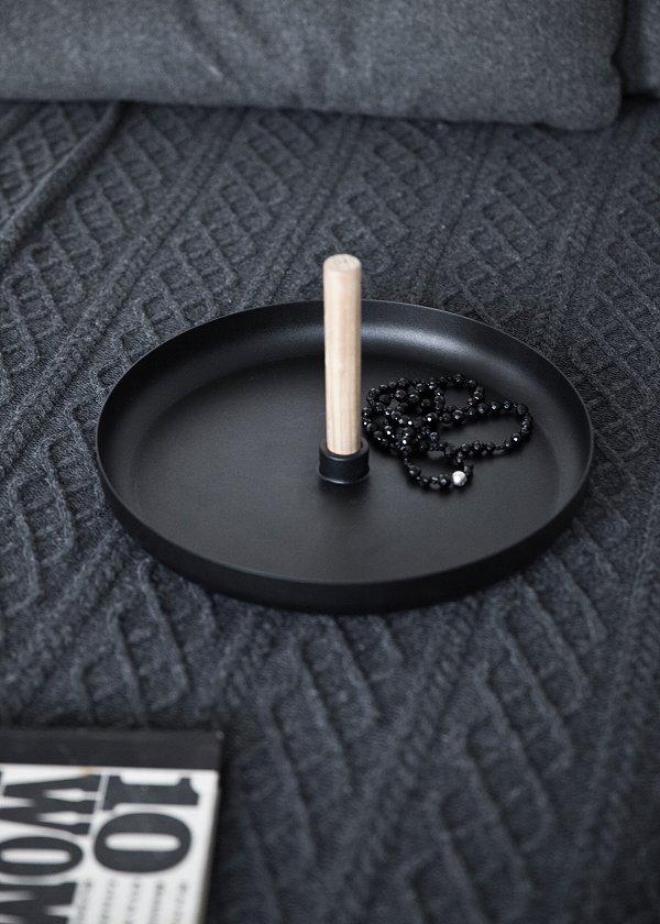 Flip around table by Norm for Menu – Husligheter.se