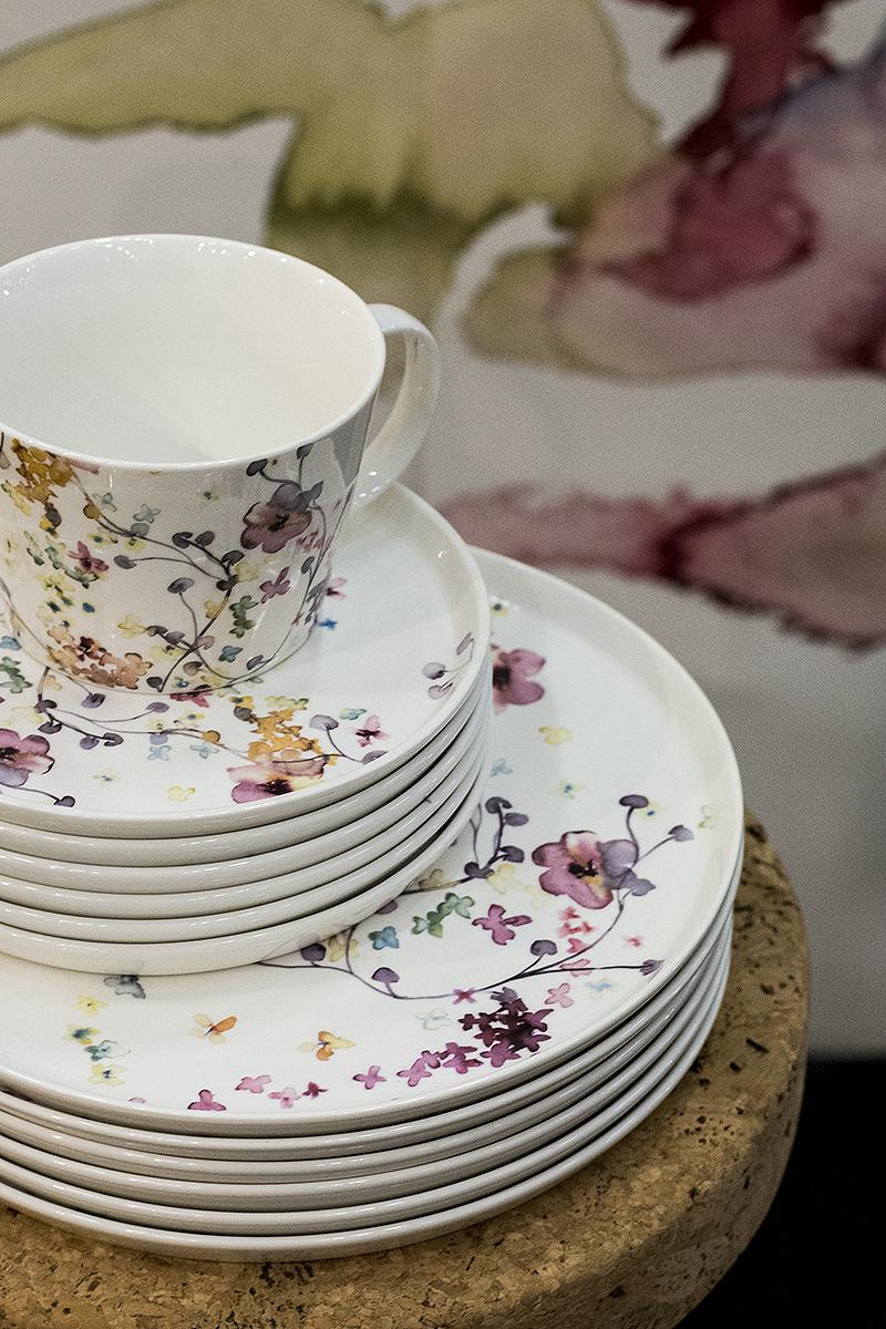 Porcelain by Malin Björkund Ritar (photo: Maria Soxbo) – Husligheter.se