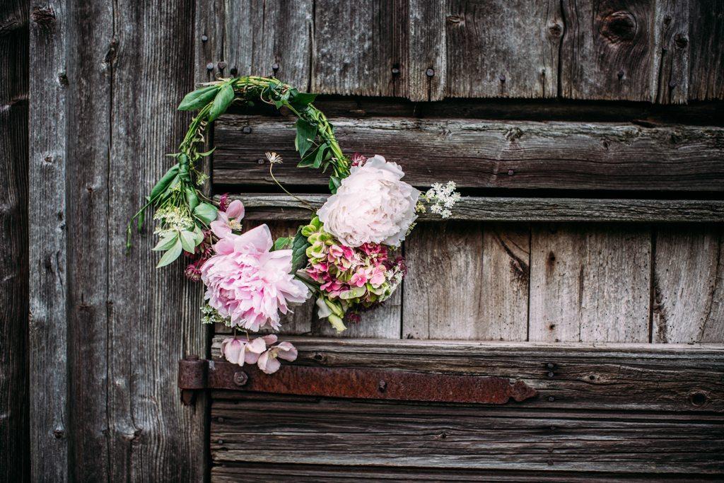 Bind en krans till midsommar – Husligheter