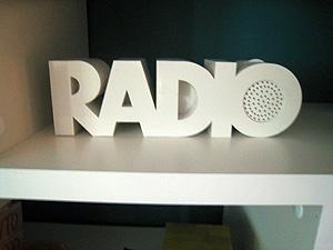 ...och radio-radion. Summa summarum: Ebay är en guldgruva om man som jag gillar inredning från 1940-1970-talet.