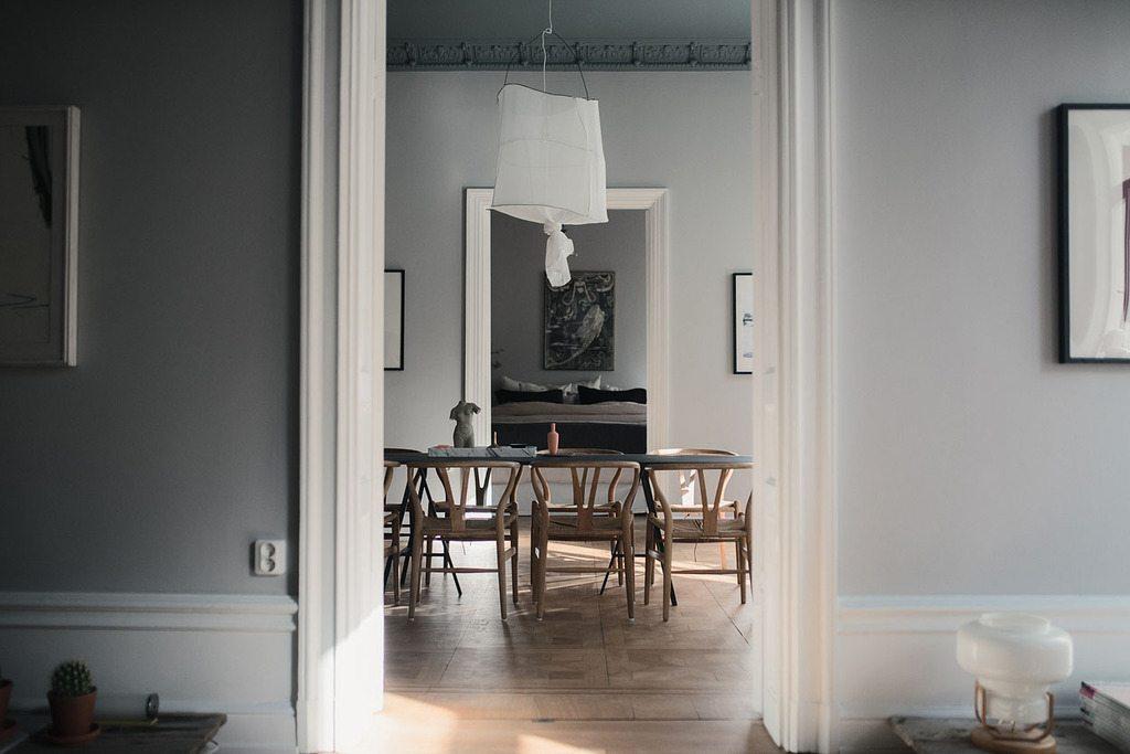 Målade innertak på Grevgatan 14 (Wrede) – Husligheter.se