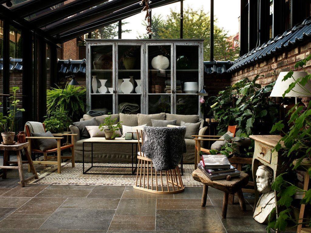 Ett hem orangeri – Husligheter