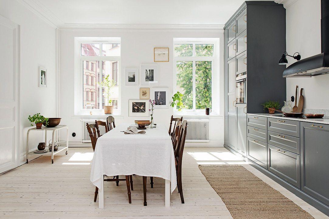 Tavelvägg Hvitfeldtsgatan 14 (Alvhem) – Husligheter