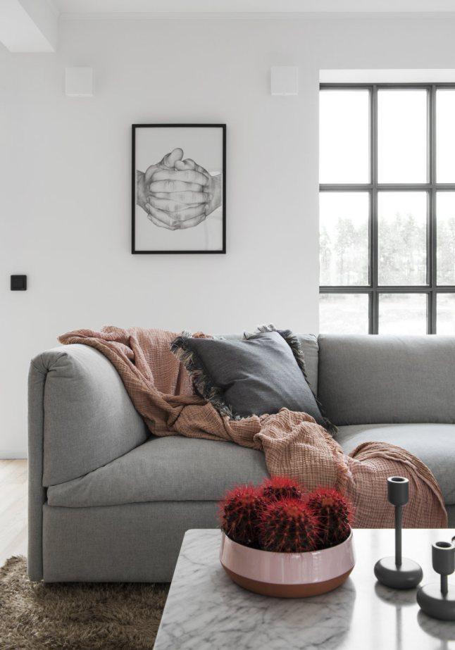 Rosa, vinrött, terracotta och grått – Husligheter