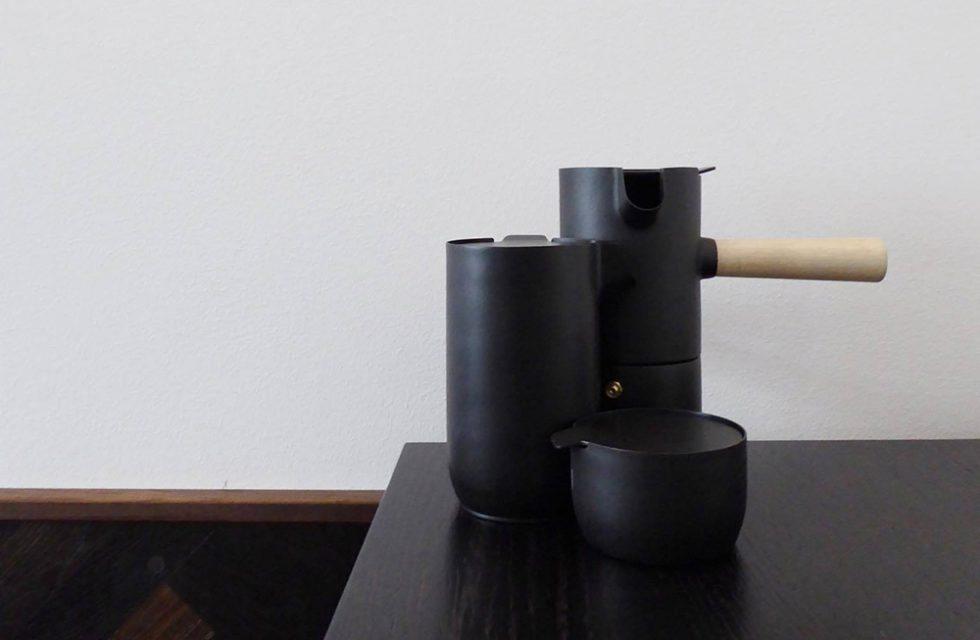 Tre stilleben, Stelton – Husligheter