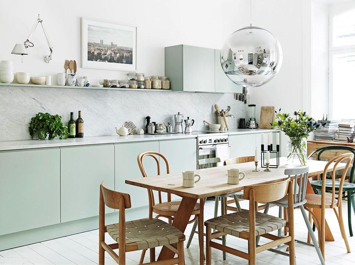 Köksinspiration: Nordiskt kök med pasteller hemma hos Emma Persson Lagerberg – Husligheter