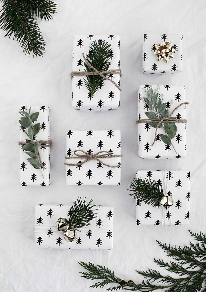 free-christmas-tree-wrapping-paper-printable-1.jpg