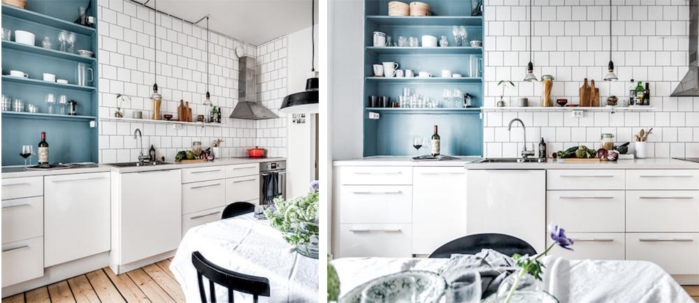 Blå hylla i vitt kök – Fastighetsmäklarna – Husligheter