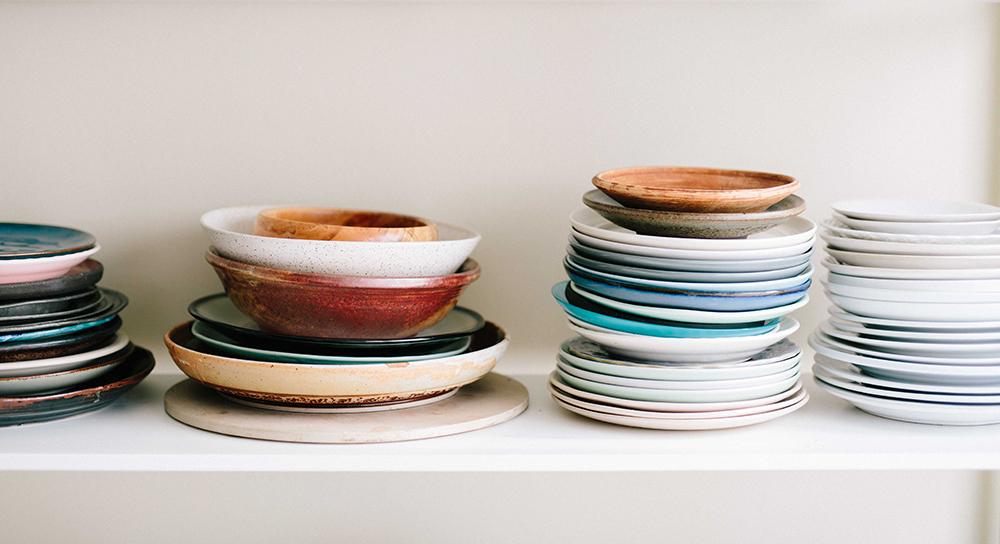 Plastbanta bort teflonpannor, plastspatlar och lunchlådor i plast.