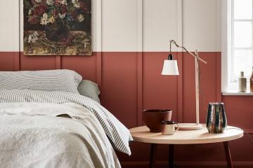 Tuscan Red och French Grey från Little Greene och en långrandig panel.