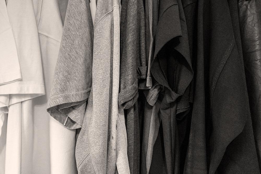 Fast fashion är ett begrepp, och vi börjar bli medvetna om vår skeva konsumtion.